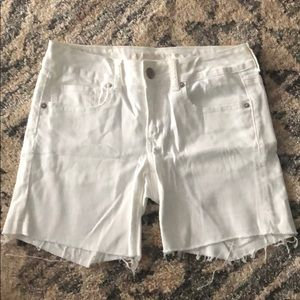 American eagle shorts size 6- worn once